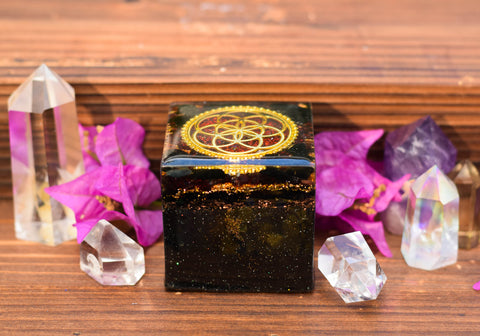 Red Garnet Sacred Geometry Orgonite Cube - Seed of Life