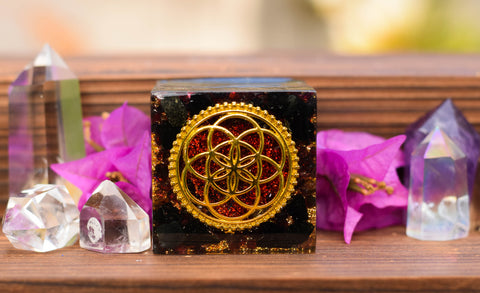 Red Garnet Sacred Geometry Orgonite Cube - Seed of Life | Golden