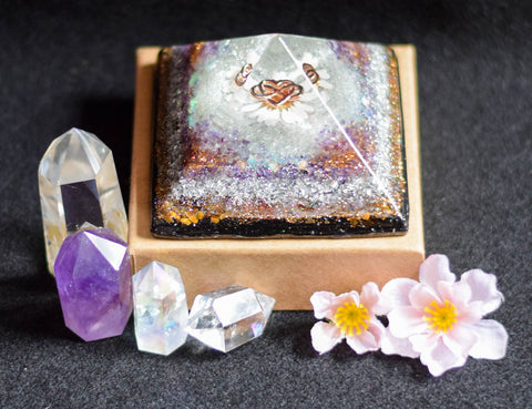 Amethyst Moonstone and Tiger Eye Orgone Pyramid - With Dried Daisy