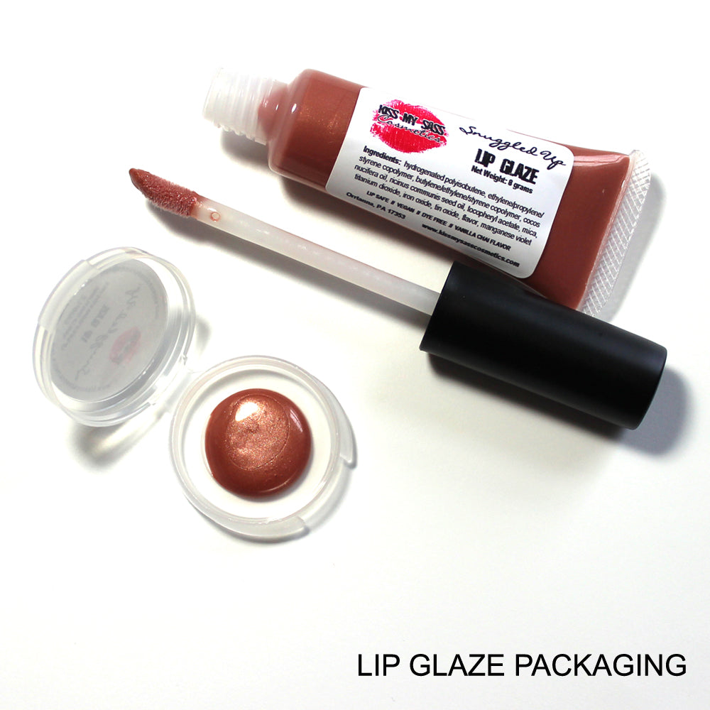 Lip Glaze: Snuggled Up