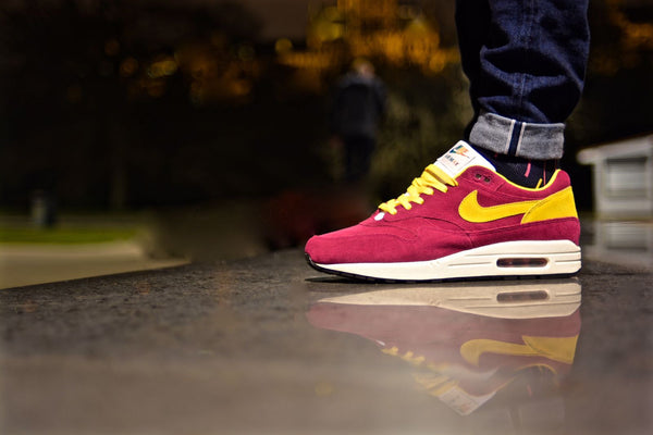 Nike Air Max 1 Premium Dynamic Berry Lace Supply Co Lace Swap Yellow flat laces