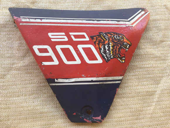 Ducati 900 SD RH Red/Blue Side Cover