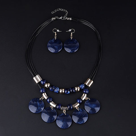Beaded Round Pendant Collar Necklace Set - Blue