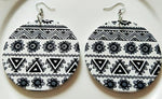 Geometric Circular Earrings (Black & White)