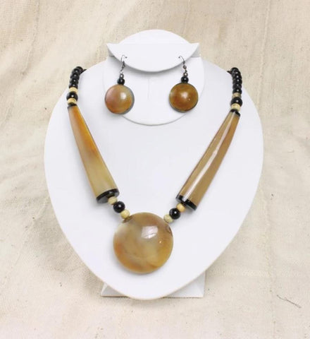Bone Pendant Beaded Necklace Set - Ivory