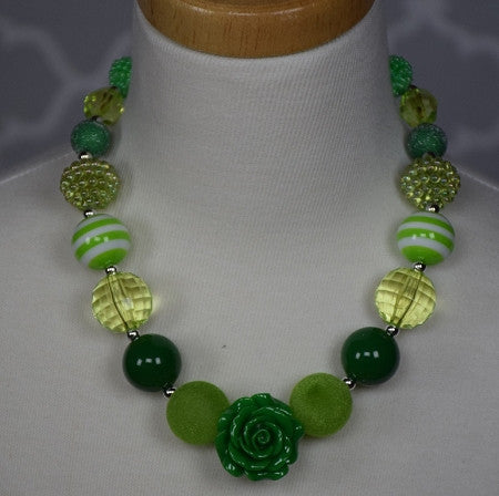 St Patricks Chunky Necklace w/Rose Pendant - Gabskia