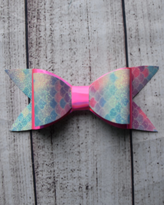 6in Faux Leather Bows