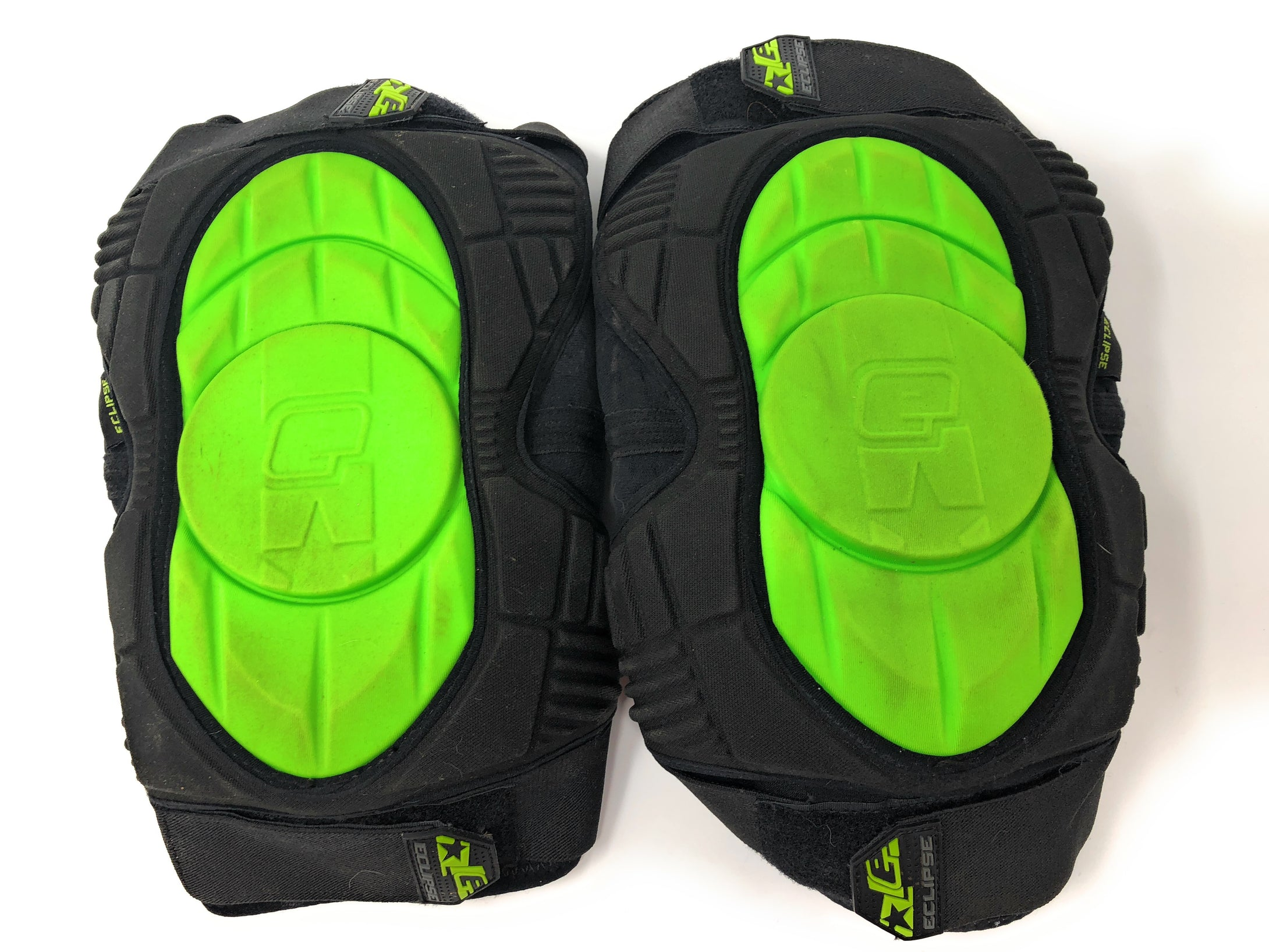 Used Planet Eclipse Overload Knee Pads - Small