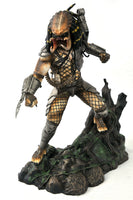 Predator Gallery - Diamond Select - Unmasked Predator Statue - SDCC 2020 Previews (PX) Exclusive