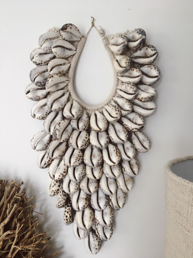 The Wandering Shell Wall Hanger