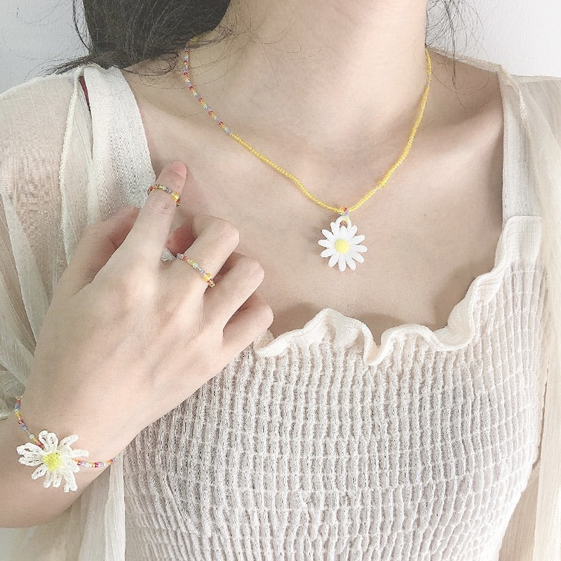 Daisy Accessories Set (Yellow)