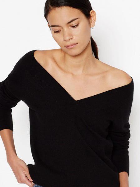Equipment Linden Cashmere V-Neck Sweater - Black | TILDEN