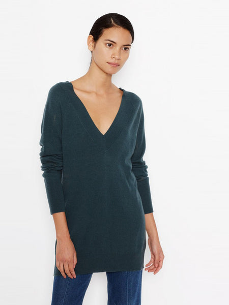 Equipment Linden Cashmere V-Neck Sweater - Eden Green | TILDEN
