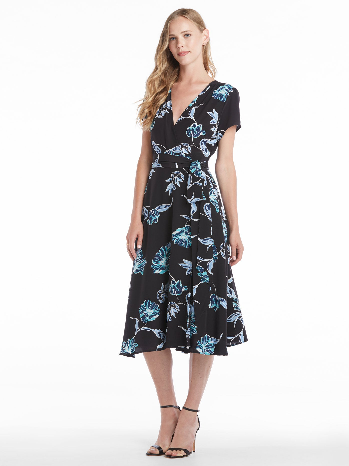 Yumi Kim Spin Me Around Dress - Hello Beautiful Black | TILDEN