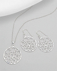 BRYNN EARRING AND PENDANT SET