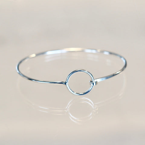 Eva Sterling Silver Circle Bangle