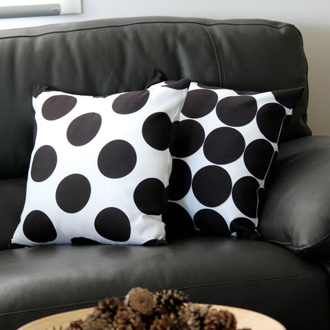 POLKA DOT WHITE CUSHION