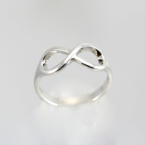 STEPHANIE SILVER INFINITY RING
