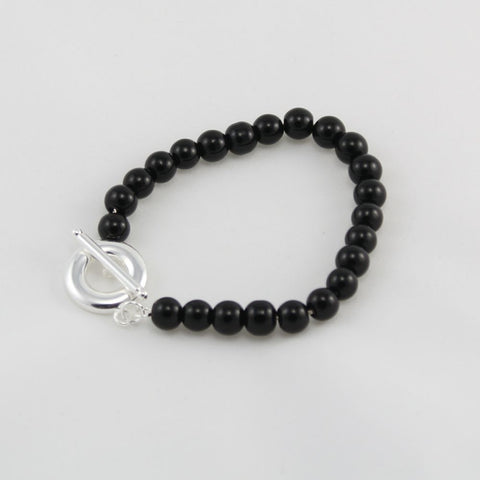 BLACK BEAD BRACELET WITH FOB CLASP