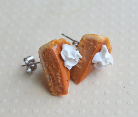 Pumpkin Pie Post Earrings