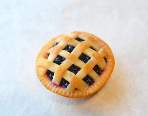 blueberry pie magnet