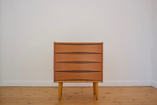 Fredrik Kayser drawer chest