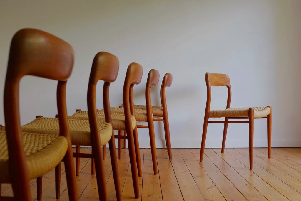 Niels Moller dining chairs (6)