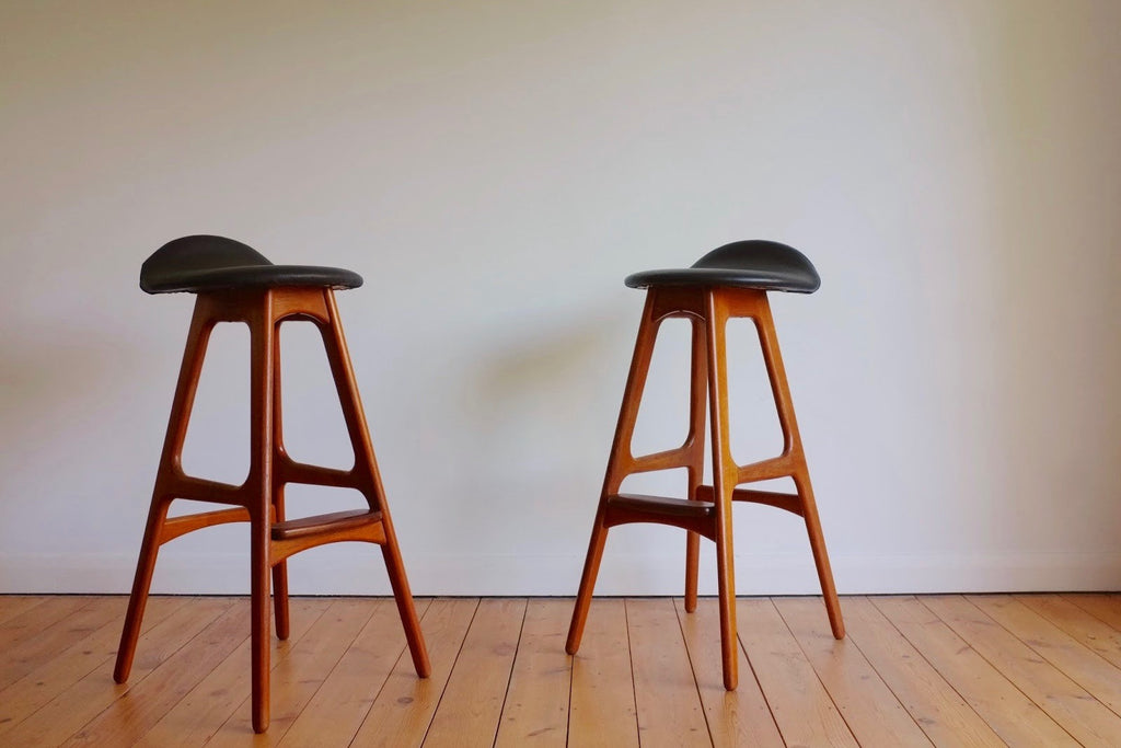 Erik Buck bar stools