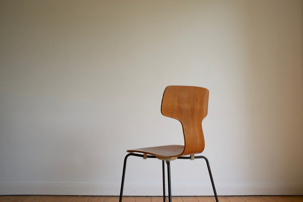 Arne Jacobsen Hammer chairs (4)