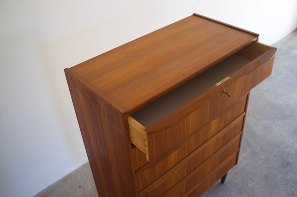 Danish drawer chest