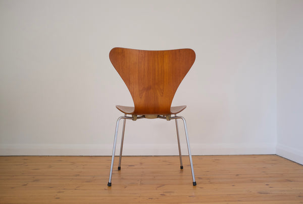 Arne Jacobsen Seven chair set