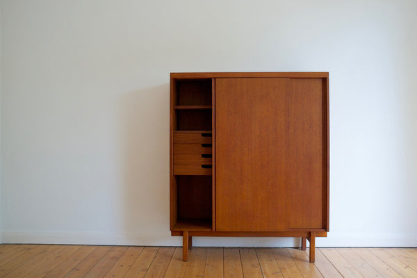 Danish cabinet with sliding doors