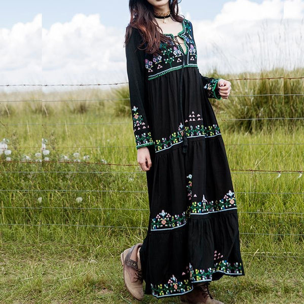 Long Sleeve Black Boho Chic Maxi Dress-Bohemian Brunch