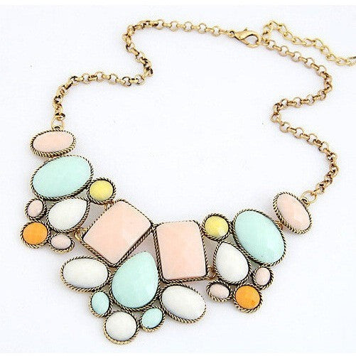 Vintage Style Pendant Resin Statement Necklace Perfect Gift-Bohemian Brunch