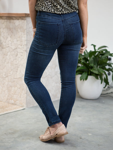 The Nikki Jeans Mid Rise