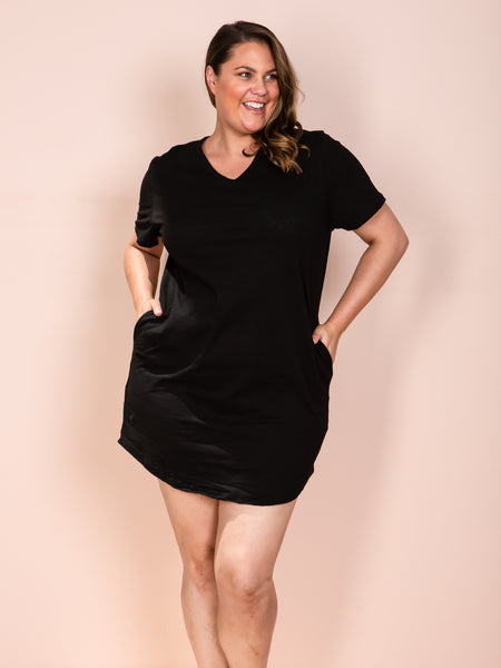 THE T-Shirt Dress - Black