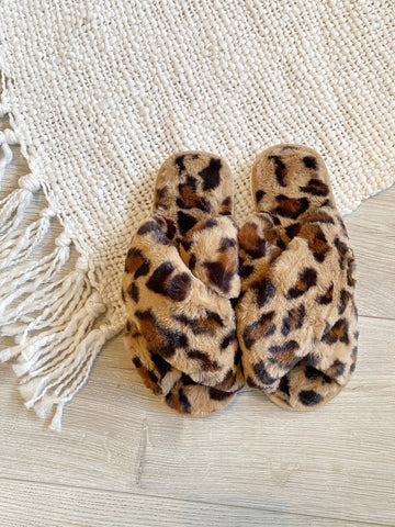 Fluffy Cross Slipper Leopard