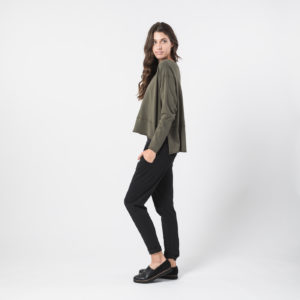 Dorian Relaxed Fit Crew Sweater in Army