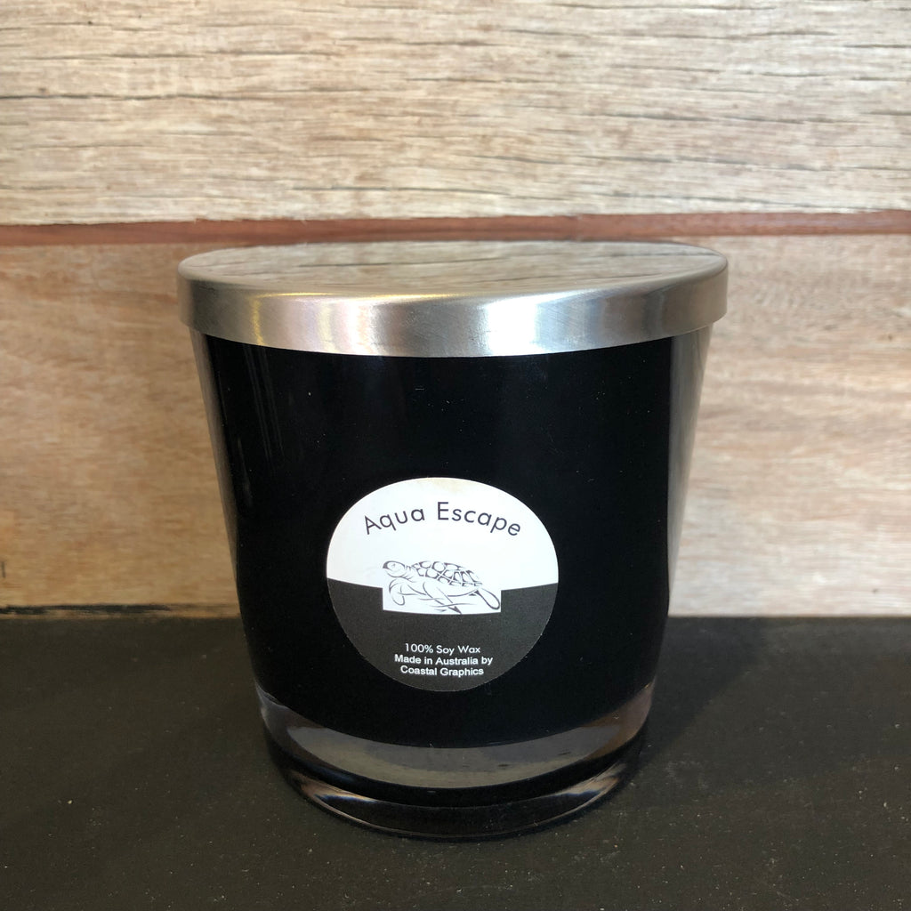 AQUA ESCAPE Scented Soy Candle Wooden Wick