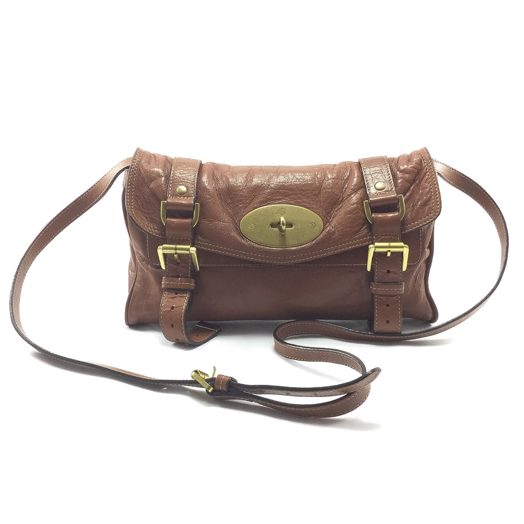 Mulberry Alexa shoulder clutch front view