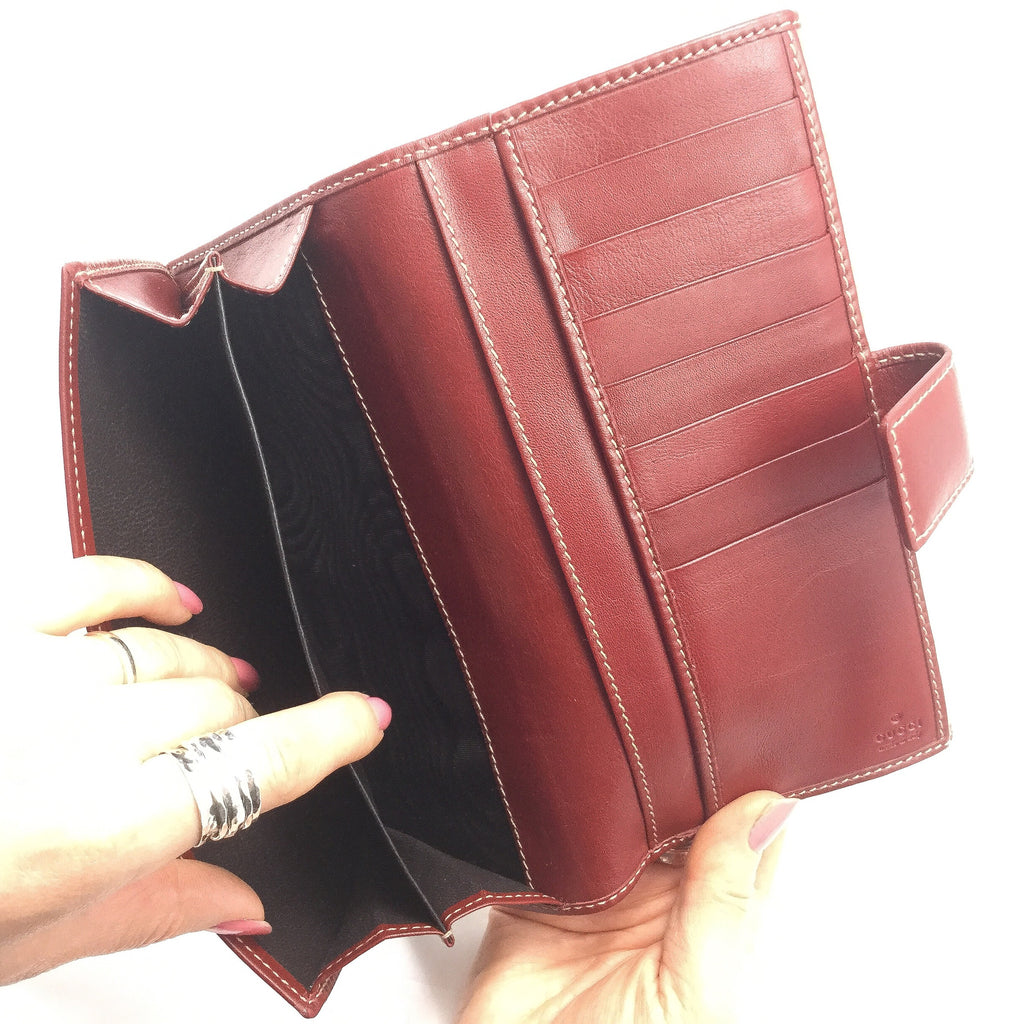 Gucci Continental Wallet inside view