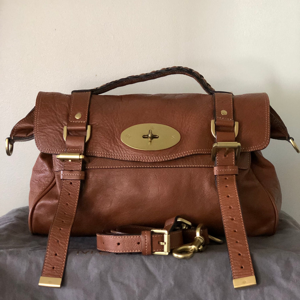 Mulberry Alexa Front View