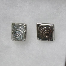 Load image into Gallery viewer, Silver swirl earrings