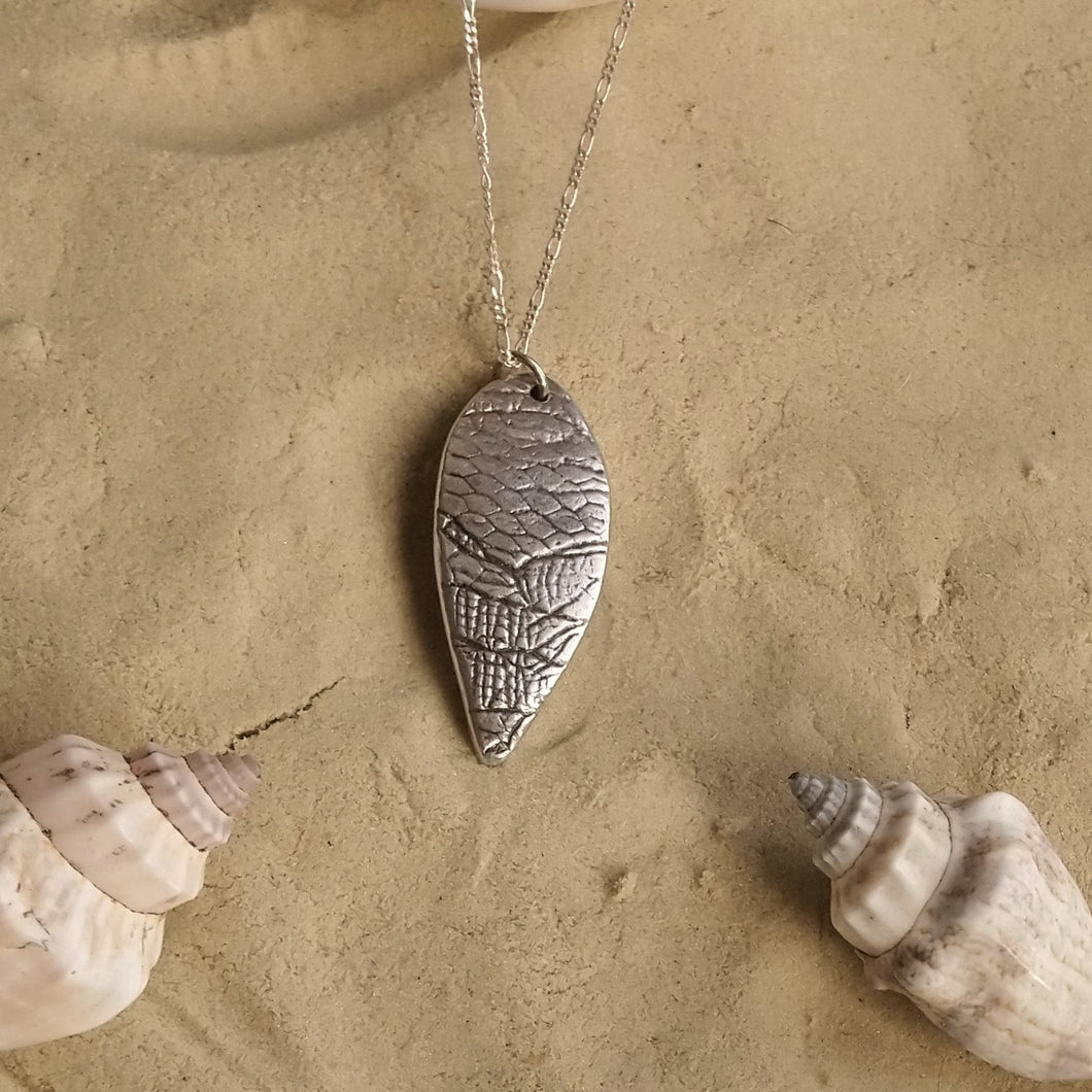 Marine scales necklace