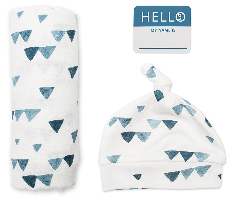 Set aus Mützchen, Muslin swaddle Mulltuch, Fotosticker Triangle blue