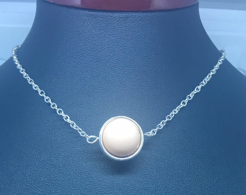 "COLLIER ""PINK MOON"""