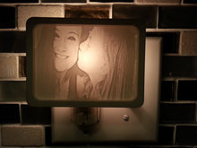 Load image into Gallery viewer, Photo Night Light Lithophane