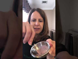 This video shows how to use Be Green Bath and Body Cleansing Grains
