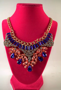 colorful_statement_fashion_necklace