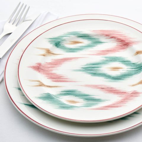Laboratorio Paravicini - Hand-painted Ikat Dinner Plate